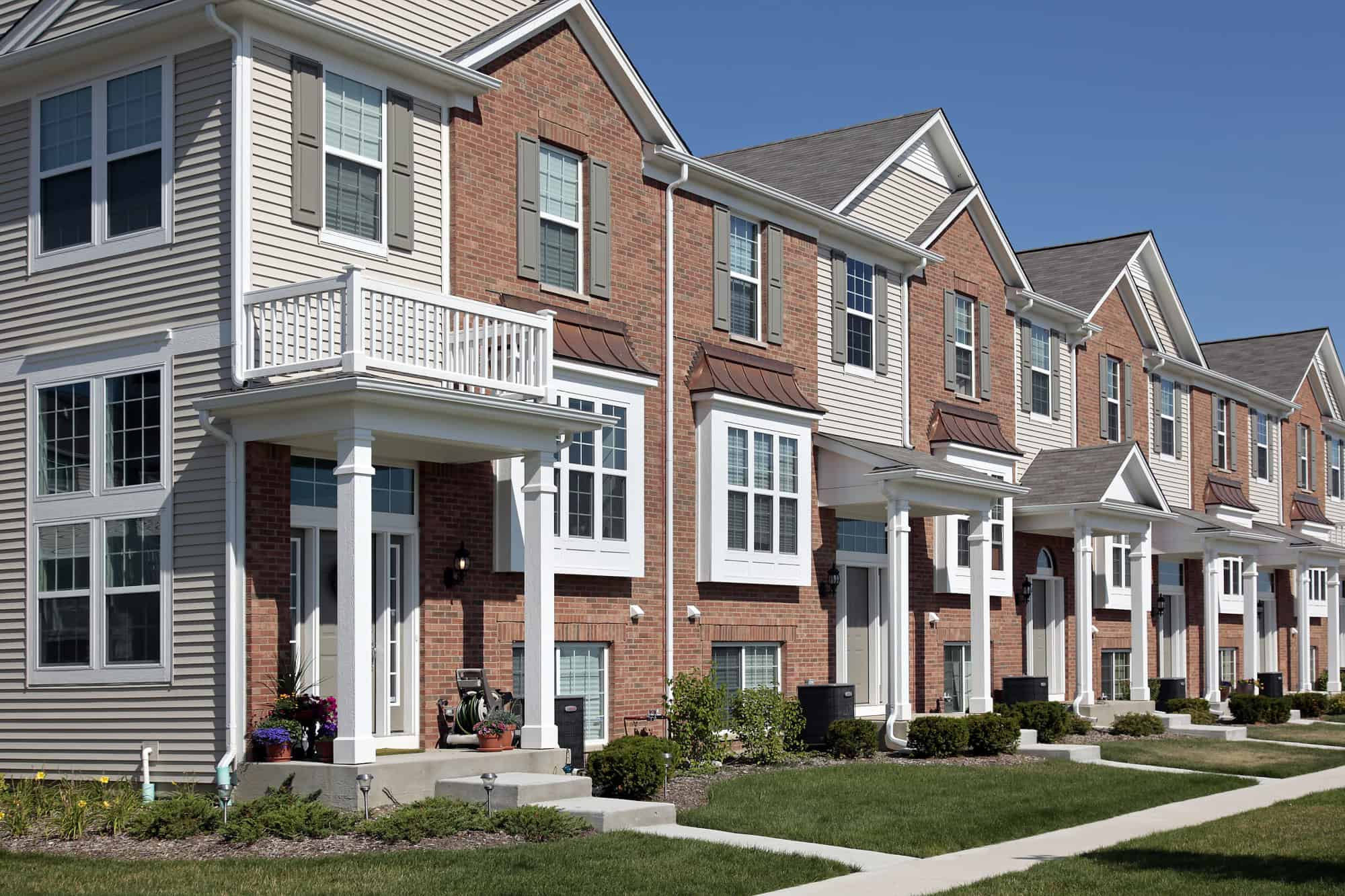 If you are looking at prospects for townhouses, you need to know about your options. Ask these questions before buying a townhouse in North Ridge Rosement, VA.